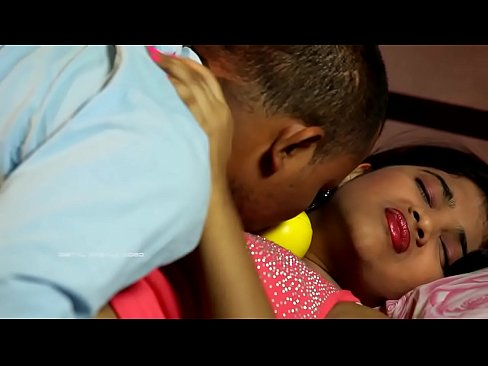 इतना जोर से मत चोदो  Uma Love play with her Cousin |MOVIESMAZA.ME