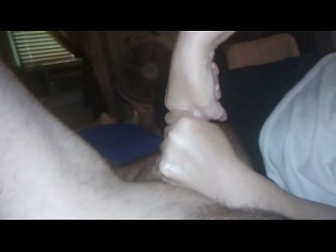 homemade titans daddy wakes up with 2 hands on his big cock by his aunt