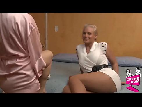 Image Hot lesbians 0070