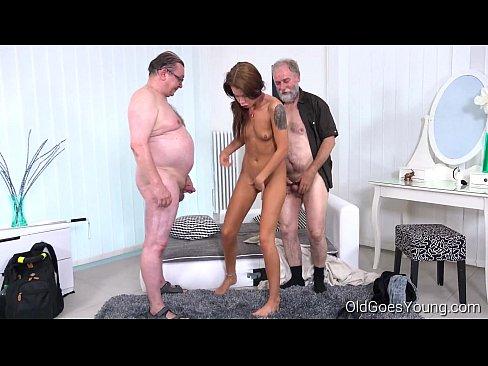 Видео пожилых шлюшек — pic 2