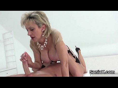 Cheating british mature lady sonia showcases her huge naturals's Thumb
