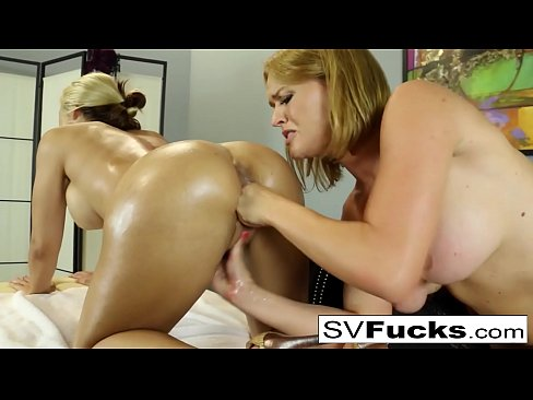 Hot Sarah gets a deep tissue massage from Krissy