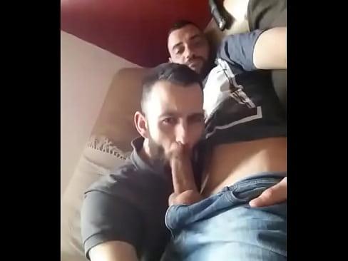 Mamadas De Gays A Heteros Amateur