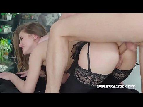 Sexy nude girls amature