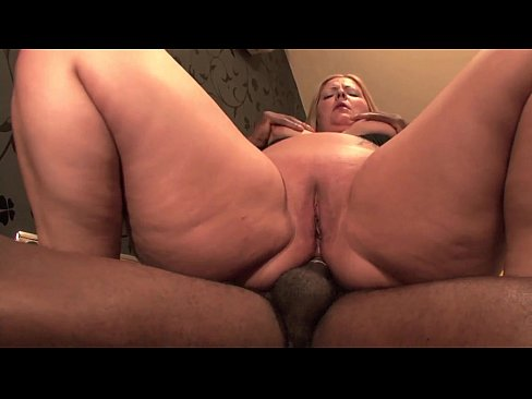 video Big fat amateur anal