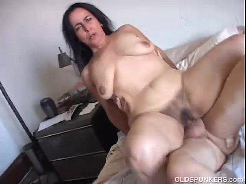 Sophia leone squirt