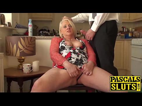 amateur women attempting anal sex