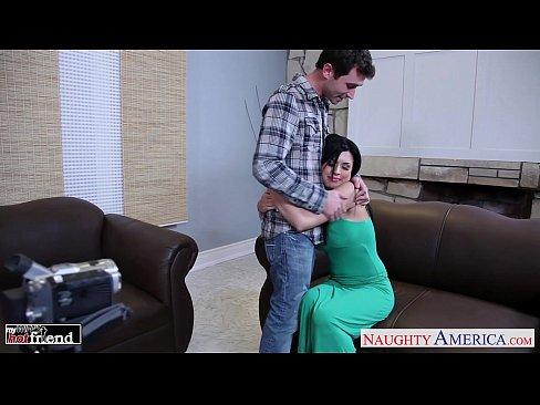 Chesty brunette Eva Angelina gets facialized – 8 min