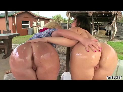 Red pussy video XXX
