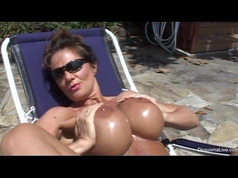 sexy xvideis.com riot naked show