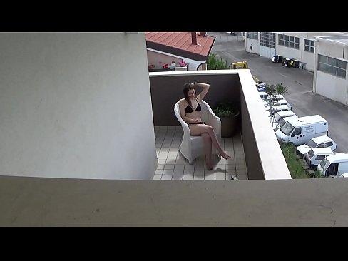 Spying my teen neighbour masturbating on her balcony