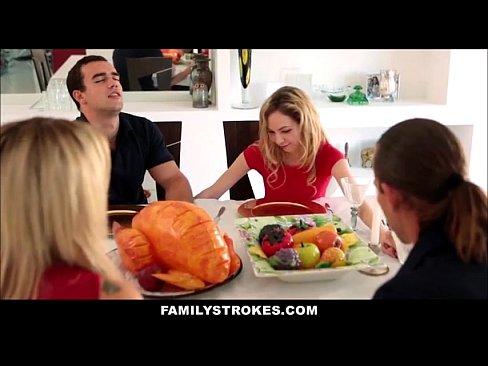 Family strokes thanksgiving porn