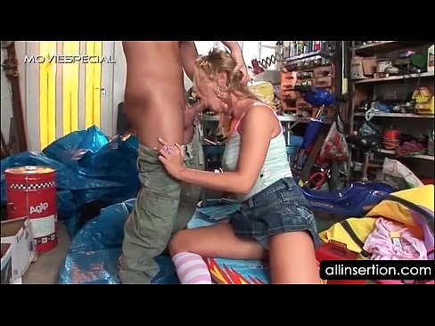 Minx ass gets fingered hole deep teen blonde can not take