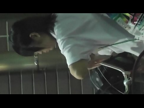 Japanese Upskirt Voyeur- Watch Full: http://gojap.xyz