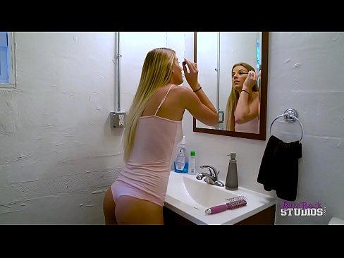 nude photos latina ravers