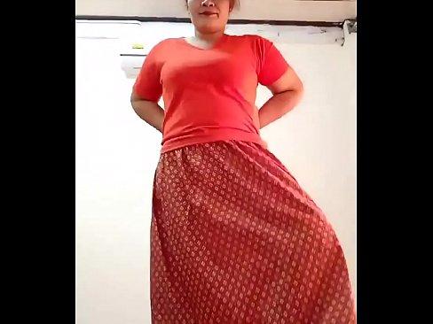 Thai aunty seductive dance's Thumb