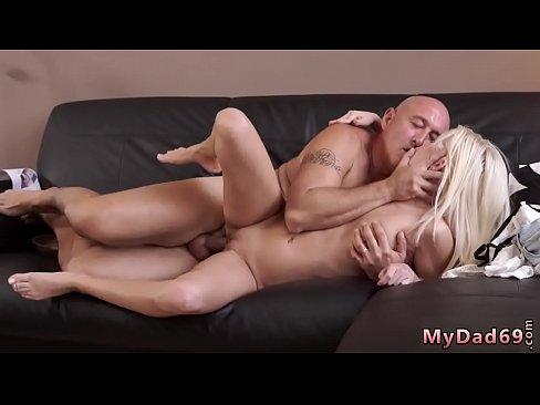 Teen Pussy Licking Orgasm