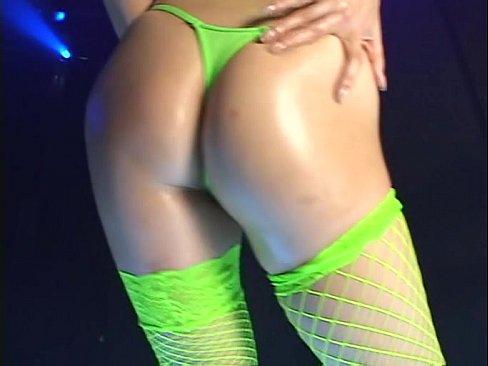 posmotret-eroticheskie-tantsi-video