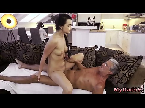 Big pussy girls having sex