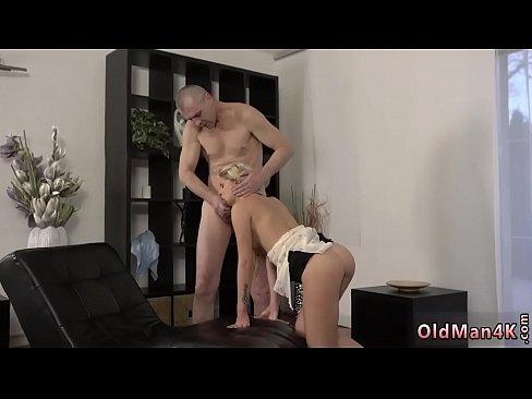Mature ebony girl nude