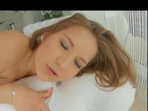 portman-zhestko-viebali-v-zhopu-hohlushku-linn-porno