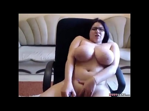 Two bigtits