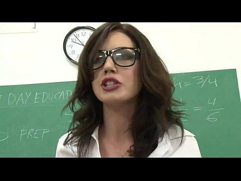 Собутыльницу выебали видео русское, порно скандал не успел вытащить