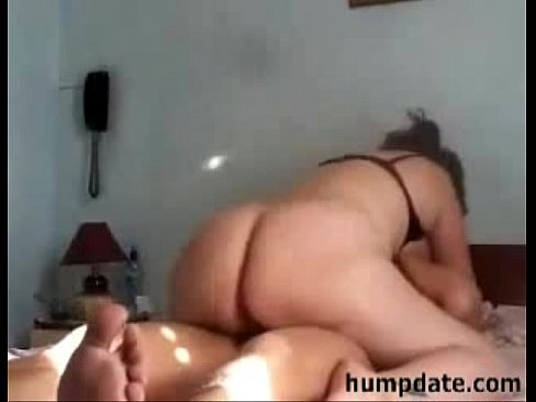 Indonesian chubby milf riding dick
