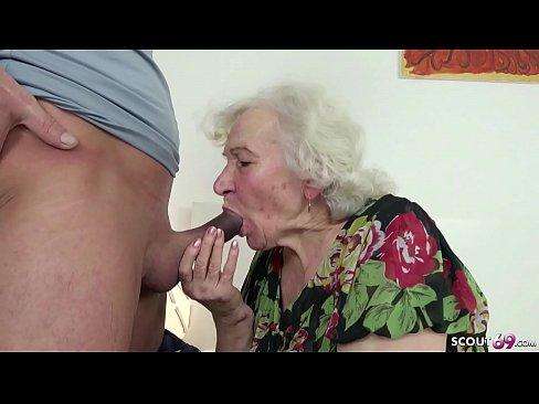 Oma beim wichsen