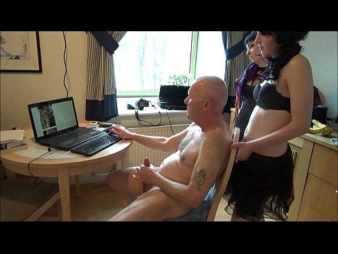 Ulf Larsen pee, flash, wank and orgasm for two girls