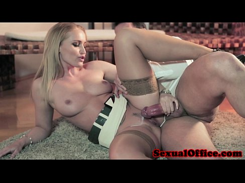 Secretary Fucks Her Boss