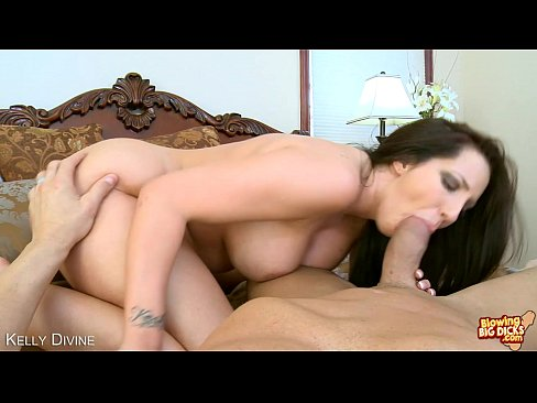 Kelly divine in pink blowjob