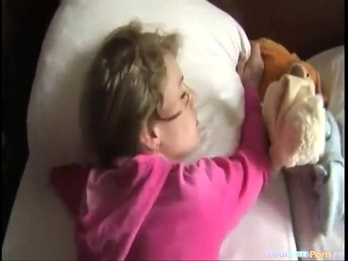 girl friends cheating blowjob sleeping besides brother