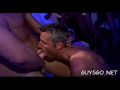 paras homo orgia
