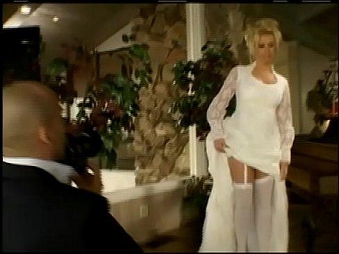Трахнул в белом платье — photo 14