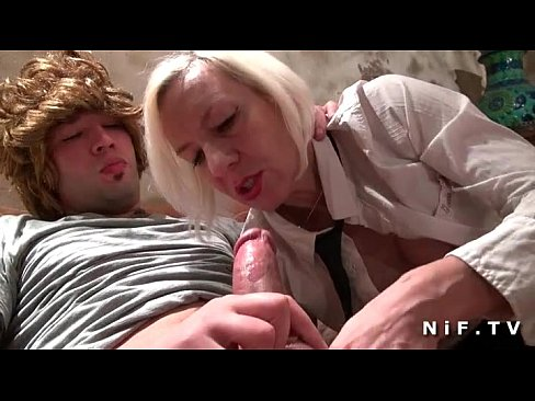 horny amateur mature fucked