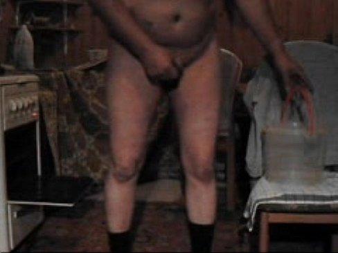 Друг другу трахает телку пультом от телевизора фото онлайн