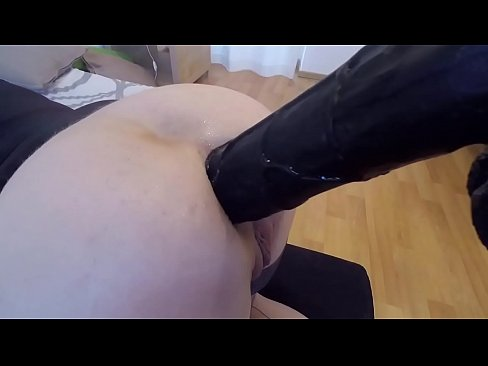 cover video fetish blond e playing with huge dildos and big cock