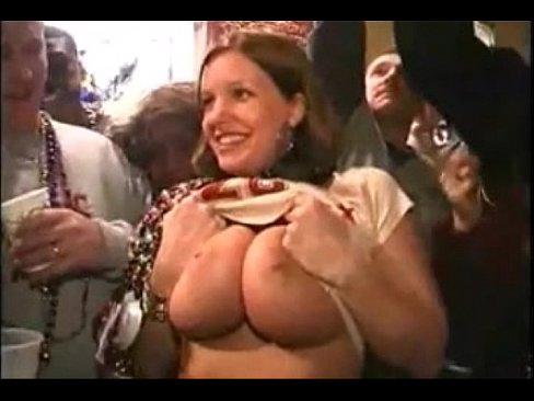Mardi gras flashing big tits