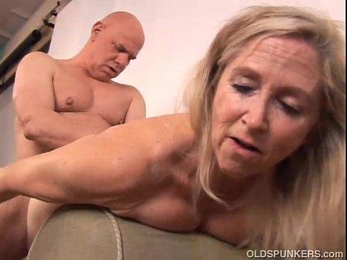 Бабки ебуться порно