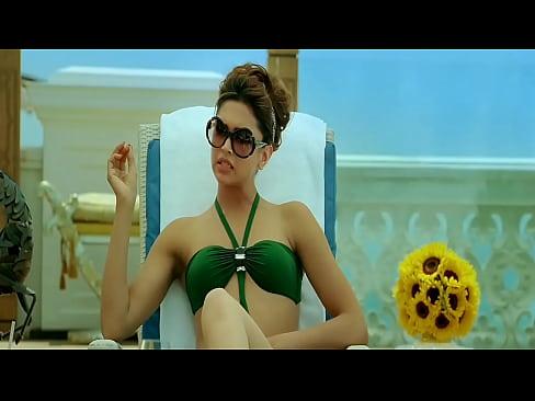 Deepika Padukone Bikini Scene in Race 2 XXX Sex Videos