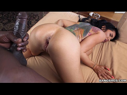 Pretty Girl Railed Out by Black Guy