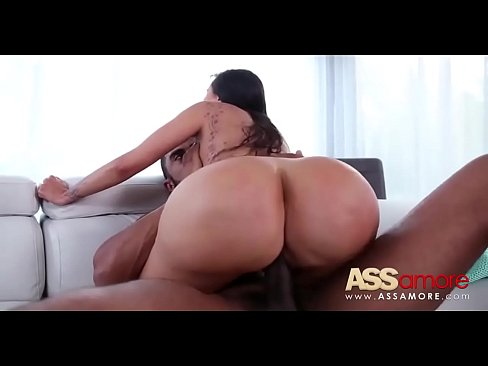 Thick Reverse Cowgirl Creampie