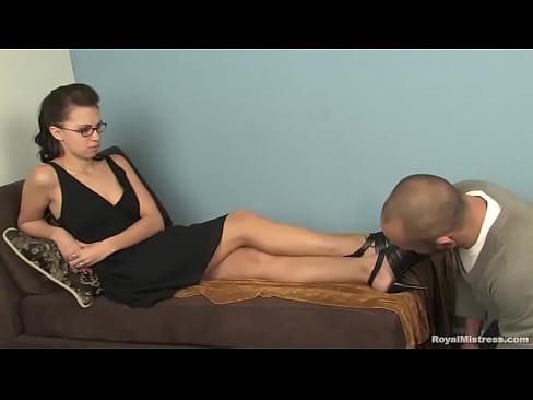 Foot fetish - Beautiful Mistress Denna
