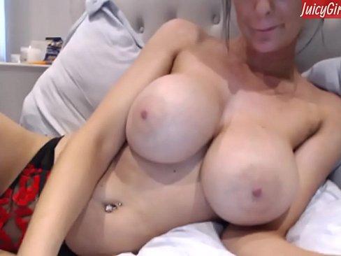Naked slut in mirror