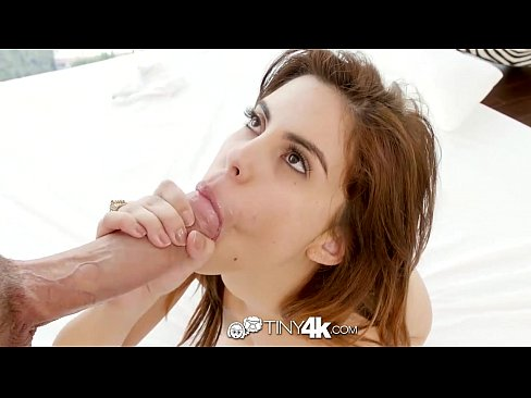 Tiny4K – Cute beach girl Lilith Shayton pounded by big cock