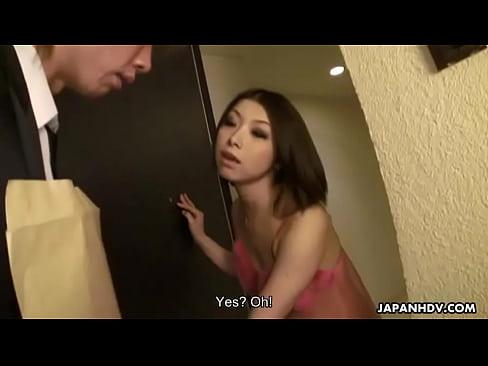 XVIDEO 淫乱お姉さんが自宅で中出し3Pセックス