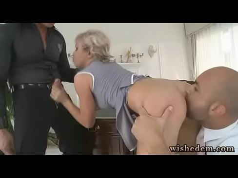 Hot amateur mom naked
