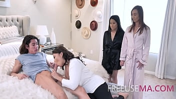 Son Freeuses Asian Mom And Every Woman In The Family As The Man Of The House 8 min