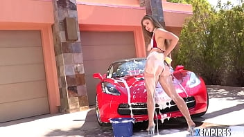 Lena Paul In Car Wash Girl Fucked Her Ass